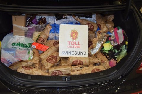 Slik så det ut i bagasjerommet til smugleren.