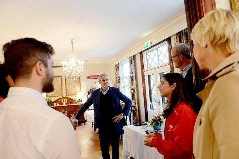 UVANLIG DÅRLIG: Prognosene tyder på at Jonas Gahr Støre og Arbeiderpartiet har gjort et svært svakt valg.