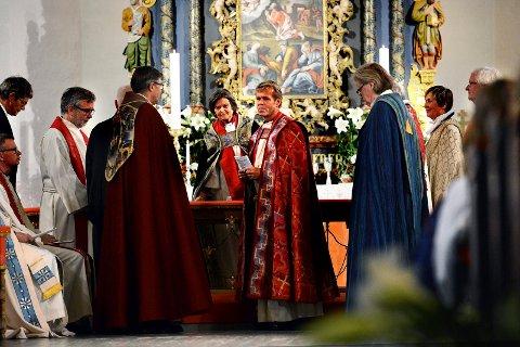 Per Arne Dahl gir seg til sommeren. Nå er bispedømmet på jakt etter en ny biskop.
