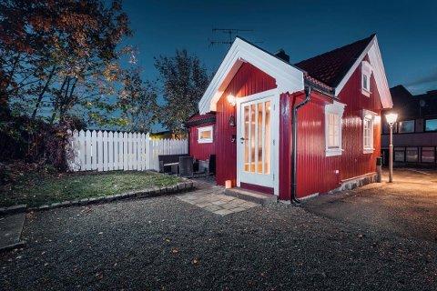 UVANLIG: Denne eneboligen i Hertug Guthorms gate i Tønsberg sentrum er kanskje byens minste.