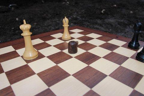 Sjakkbrikke funnet i Anders Madsensgate 3 i forbindelse med arkeologisk utgraving