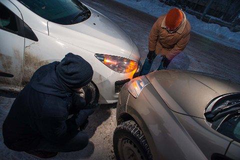 BULKING: Ulykkesrisikoen øker når stressede bilister skal til og fra landets kjøpesentre.