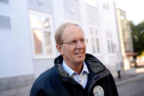 I ELDRERÅDET: Ordfører Petter Berg (H) bekrefter at han sammen med kommunaldirektør Tove Hovland deltar på eldrerådets møte i april. Temaet er eldreomsorg og sykehjemskapasitet.