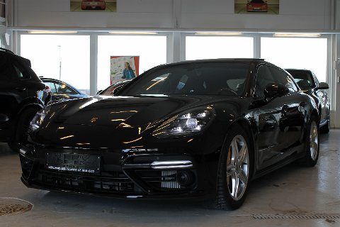 DYYYR LUKSUS: Denne Porschen ble nylig solgt for 2,5 millioner kroner.