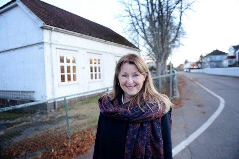 BROSTEIN: Tone Lind Jørgensen er venstrepolitiker og sitter i hovedstyret for Vestfold og Telemark. Hun skulle gjerne sett brostein, og ikke granitt, i Tønsbergs gater.
