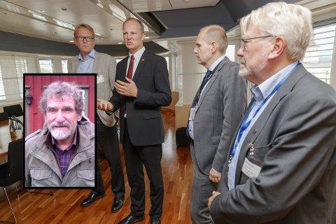 TOPPTUNGT: Samferdselsminister Ketil Solvik-Olsen sammen med representanter fra Bane NOR, NSB og Jernbanedirektoratet. Per Velde (innfelt) reagerer på at det stadig blir flere direktører i det offentlige Norge.