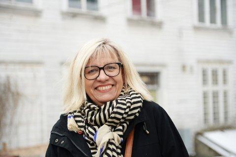GIR UT OLIVIA-BØKENE SELV: Etter å ha inngått forlik med forlaget står Lene Lauritzen Kjølner fritt til å gi ut bøkene om privatdetektiv Olivia Henriksen hvor hun vil, og hun begynner med å gi ut den neste boken selv.