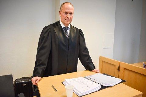FORLIK: Advokat Tore Lerheim i Homble Olsby advokatfirma AS bekrefter at det nå er inngått forlik i den betente familiestriden, men kan ikke kommentere saken utover det.