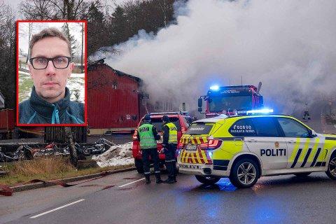 TRIST SYN: Myrvang ble totalskadet i brann fredag morgen. Lars Erik Madsen og resten av bandet Diesel Gorilla hadde øvingslokale i bygningen.
