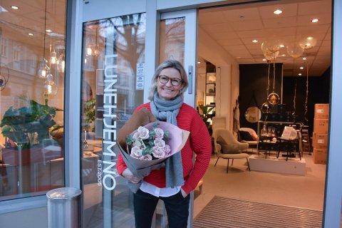 PÅ INNTEKTSTOPPEN: Lisbeth Tverback er daglig leder for interiør- og møbelbutikken Lunehjem.