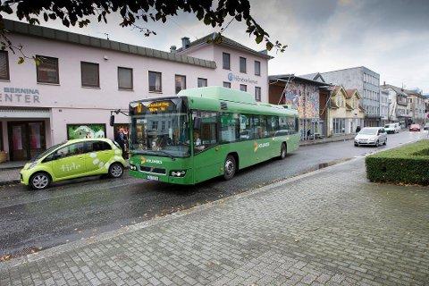 ØKTE: Etter at bussbillettene i Haugesunds nærsone ble nedpriset fra 33 til 10 kroner, økte passasjertallet med over 50 prosent.