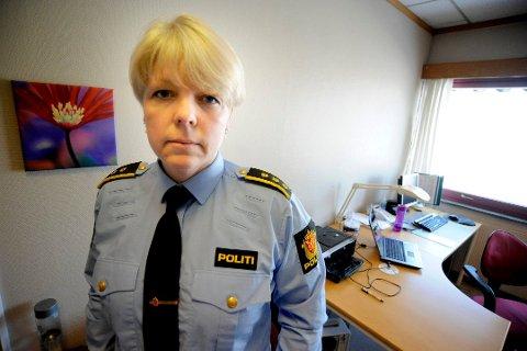 STENGT: Torill Sorte, leder for politiets enhet for utlending og forvaltning i Sør-Øst politidistrikt, håper å kunne åpne muligheten for å bestille time til pass så fort som mulig.
