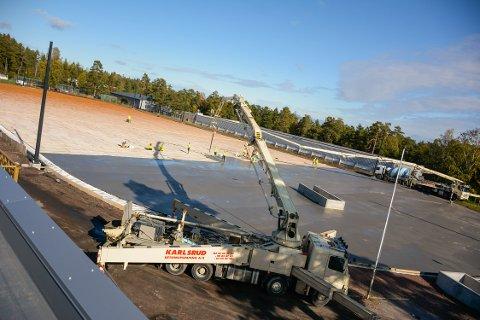 STOR JOBB: Maier Arena betonglegges denne uka.