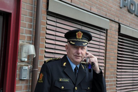 Politistasjonssjef i Sandefjord, Brian Jacobsen, sier de gjør tiltak over hele Vestfold etter truslene.