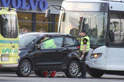 TRAFIKKULYKKE: Nødetatene rykket ut til Mammutkrysset i Tønsberg torsdag morgen.