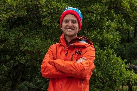 UT PÅ TUR: Jakob Semb Aasmundsen fra Tønsberg er med i den nye sesongen av «71 grader nord».
