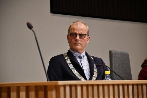 IMØTEGÅR: Færder-ordfører Jon Sanness Andersen (Ap) avviser påstandene om saksbehandlingsfeil fra sin egen varaordfører, Richard Fossum (Sp).