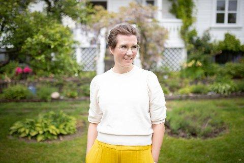 INGEFÆR: Med podkasten «Ingefær», var Sara Lossius en av de første inn i podkast-bransjen. Nå har «Ingefær» imellom 30 og 40 000 ukentlig nedlastinger, og hun har gitt ut boken «Litt lykkeligere»  .