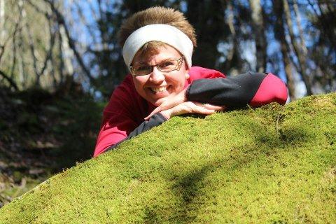 Kathrine Kleveland, fylkesleder i Vestfold Senterparti vil ha hjelp nå