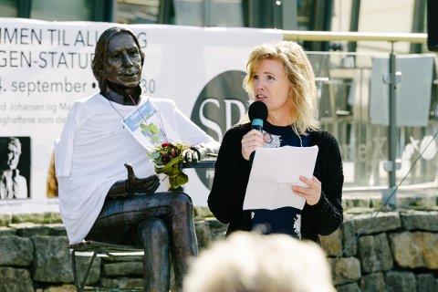 ALLSANG: Marianne Larsen håper på å få gjennomført Teigen-allsang til høsten, og en minnemarkering neste onsdag.
