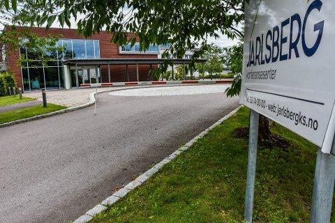 INGEN KRISE: 2020 ser foreløpig bra ut, men vi har som følger av korona-situasjonen måtte revidere budsjettet vårt, dette ble gjennomgått på årsmøtet i juni, sier styreleder Gro W. Gjøsund i BKM Tønsberg. Jarlsberg Konferansesenter er tilholdssted for menigheten i tillegg til drive kommersiell virksomhet i kurs- og konferansemarkedet.