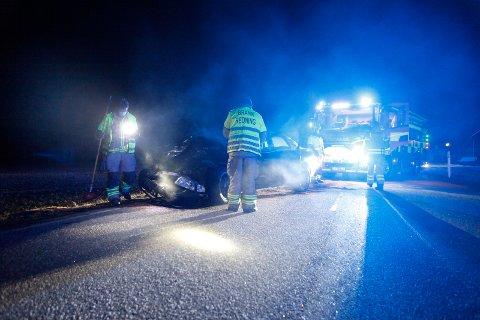 Audien fikk store materielle skader etter sammenstøtet på Bispeveien lørdag kveld.