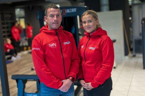FAMILIEBEDRIFT: Rune Nilsen og datteren Oda driver Spenst i Tønsberg. Til tross for at kommunen åpnet igjen mandag må de holde stengt.
