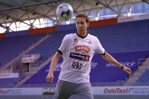 LAGET ER FLINT: Morten Ramm unnlater ikke å vise eller nevne hva som er klubben i hans hjerte.