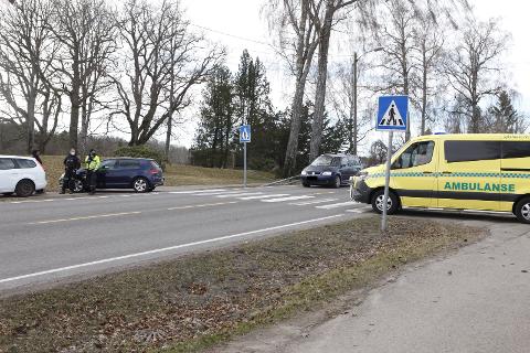 TRAFIKKULYKKE: Nødetatene rykket ut til Kirkeveien mandag.
