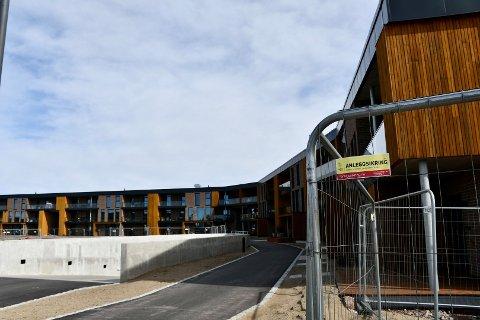 NYE BOLIGER: Kjøperne flytter i disse dager inn i leilighetene i foreløpig siste byggetrinn på Jarlsø, Innseilingen 2.