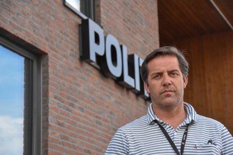 BINDER RESSURSER: To omfattende drapsetterforskninger binder ressursene til Tønsberg-politiet. Samtidig går det mot både gjenåpning av samfunnet og ferieavvikling i politiet.