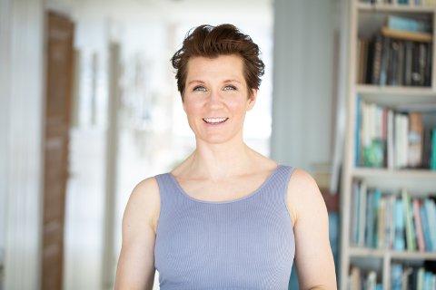 GRÜNDER: Sara Lossius fra Eik var tidlig ute med podkast. Siden 2015 har hun drevet podkasten «Ingefær», men nå har hun spilt inn sin siste episode.