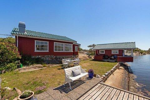 MÅKESKJÆR: – Det er et sommerparadis som ligger midt i smørøyet på Tjøme, sier eiendomsmegler Tore Solberg.