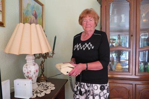 PROBLEMER: Telenor har nedlagt fasttelefonen til Grethe Christensen. Det har ikke vært problemfritt.