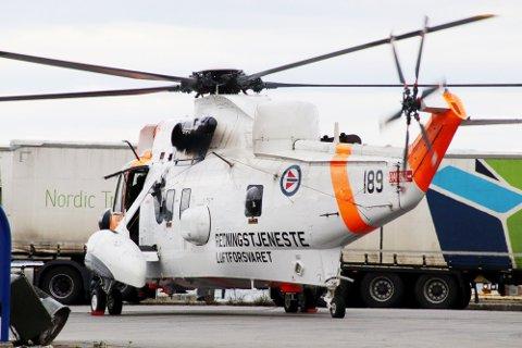 ULYKKE: Et Sea King-redningshelikopter har landet i båthavna på Hakan i Holmestrand.