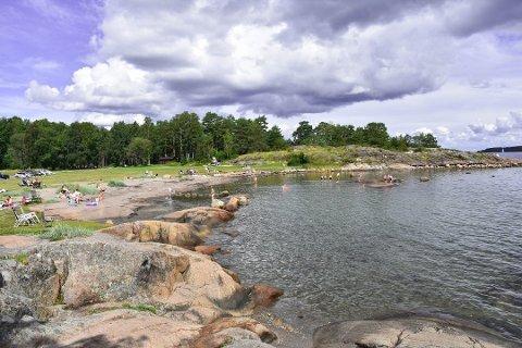 TILGANG: Steder der folk flest kan nyte friluftslivet ved Oslofjorden, slik som her på Fjærholmen, er viktig å sikre, mener fylkesdirektøren, som har tatt initiativ til å lage en ny regional kystsoneplan.
