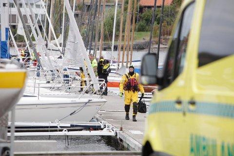 DØD: Personen som ble funnet livløs i vannet, ble kort tid etter erklært død.