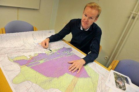 POTENSIAL FOR STOR VEKST: Administrerende direktør i Raufoss industripark, Øivind Hansebråten, håper at en ny områdereguleringsplan snart kan komme på plass, slik at de kan tilby interesserte aktører muligheten til å raskt kunne etablere seg hos dem.