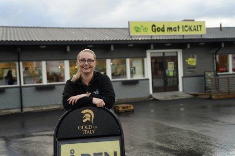 UTVIDER UTVALGET: Daglig leder Susann Jakobsen ved God mat lokalt AS vil i løpet av 2021 tilby salg av lokalt øl i butikken.