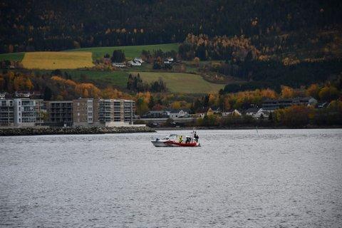 FIKK BISTAND: Redningsskøyta rykket onsdag ut fra Levanger for å slepe i land en grunnstøtt båt i Steinkjer.