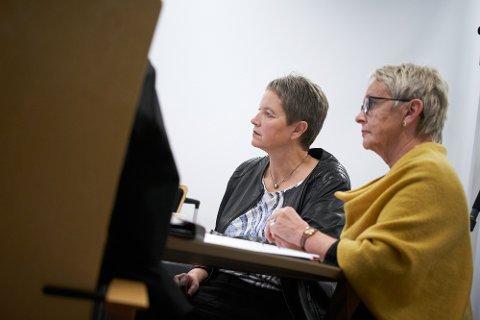 OPTIMIST: Rektor Hanne Solheim Hansen, her sammen med styreleder Vigdis Moe Skarstein i Nord universitet, er optimistisk med tanke på å finne en god løsning for TFoU.