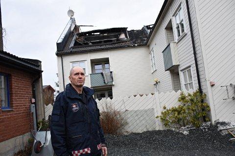 Brannsjef Rigman Pents i Innherred Brann og redning forteller at IHBR har spart flere hundre tusen som følge av færre utrykninger under koronaen.