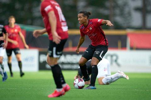 Robin Bjørnholm-Jatta er tatt ut til det gambiske A-landslaget. Her i aksjon for Stjørdals-Blink mot Sogndal på  MUS Stadion Sandskogan.