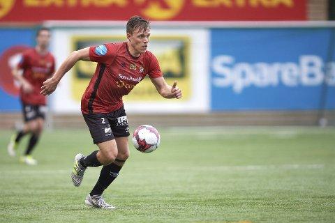 UHELDIG: Lars Ramstad ble kampens eneste målscorer da Blink gjestet Bryne. Dessverre for Blink-spilleren satte han ballen i eget nett.