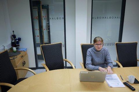 GODT FORBEREDT: En skoleklasse ved Steinkjer videregående skole må testes etter at en elev har fått påvist korona. Rektor Bente Svenning sier skolen er godt forberedt på eventuell smitte i starten av skoleåret.