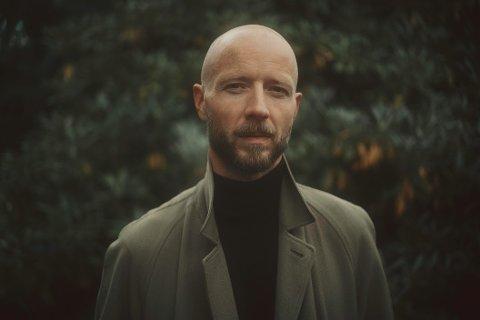 TIL TRØNDELAG: Sivert Høyem skal gjøre solokonserter i november både i Namsos, Steinkjer og Stjørdal.