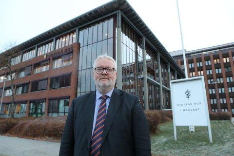 VIL LYTTE:  Frank Jenssen sier at de faglige myndighetene hos Statsforvalteren følger saken med Frsota Brygge tett, men at han personlig ser frem til å høre hvordan Frsota kommune nå griper an saken videre.