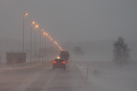 VENTE MER SNØ: Det kan komme påfyll av snø også i helga. Opp mot 20 centimeter, men varselet er usikkert. Bildet er fra Sætersmyra i Levanger.