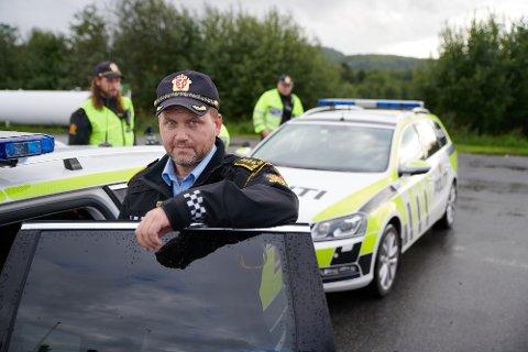 SYNLIG TIL STEDE: Distriktsleder Anders Sjøtrø i UP lover at politiet vil være synlig tilstede ved hovedvegene i Nord-Trøndelag når påsketrafikken er på sitt tetteste.