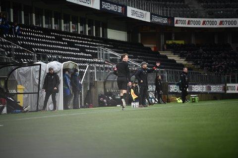 BERGET: Snorre Lillebo (til høyre armen reist) og Ole Petter Meland (t.v.) ledet Stjørdals-Blink de siste rundene.